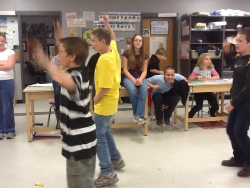 Just_dance_3_in_the_classroom_017