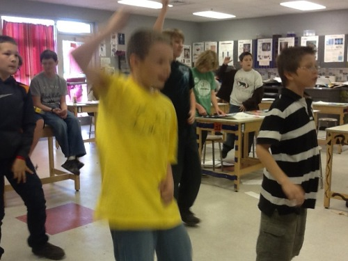 Just_dance_3_in_the_classroom_024