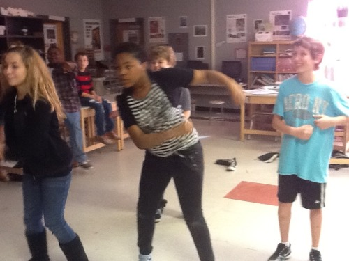 Just_dance_3_in_the_classroom_051